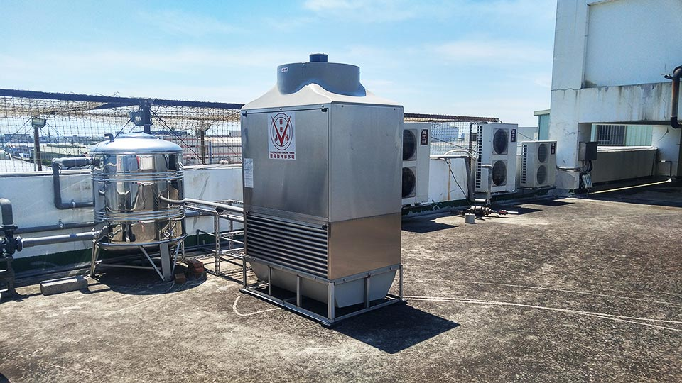closed circuit cooling tower 15rt